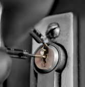 9 essential tips to hire a professional locksmith