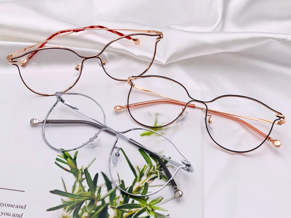 Why buying new specs when you can replace?