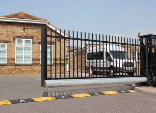Effective advantages of automatic gates you have know