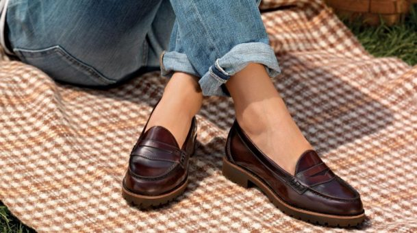 Loafers are best suitable fashionable women